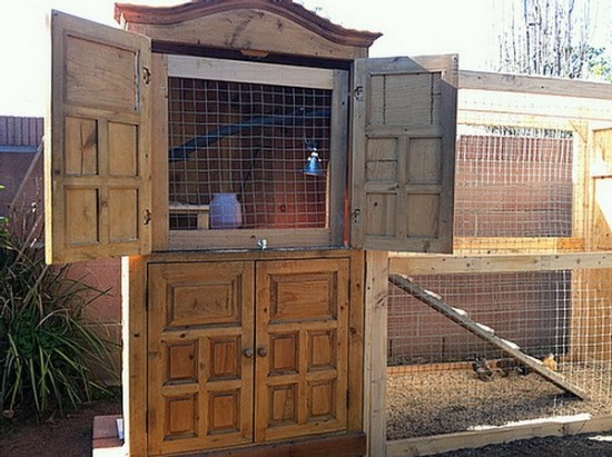 Armoire-Chicken-Coop