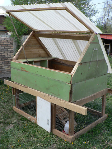 diy-recycle-coop