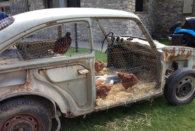 upcycle-a-junkyard-car-into-chicken-coop