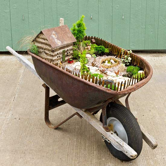 wheelbarrow-fairy-garden