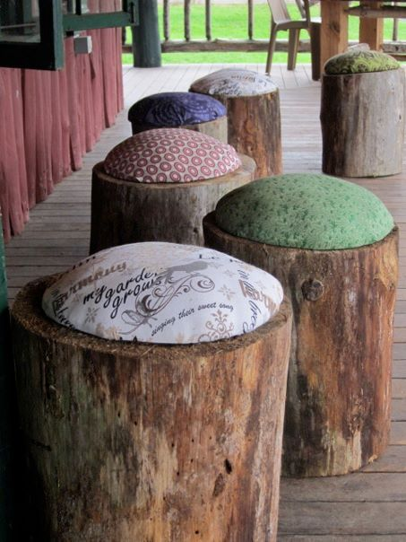 tree-stump-stools
